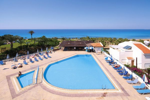 helios_bay_hotel_appartements_in_paphos